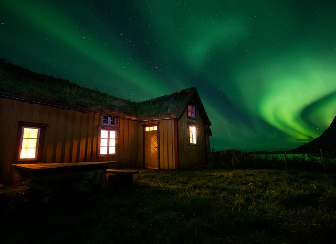 The Northern Lights of Lofoten. Source: http://www.thearctictriple.no/