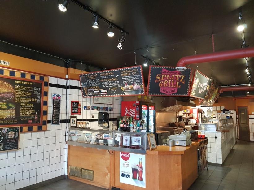 Splitz_Burger_Resturant.jpg